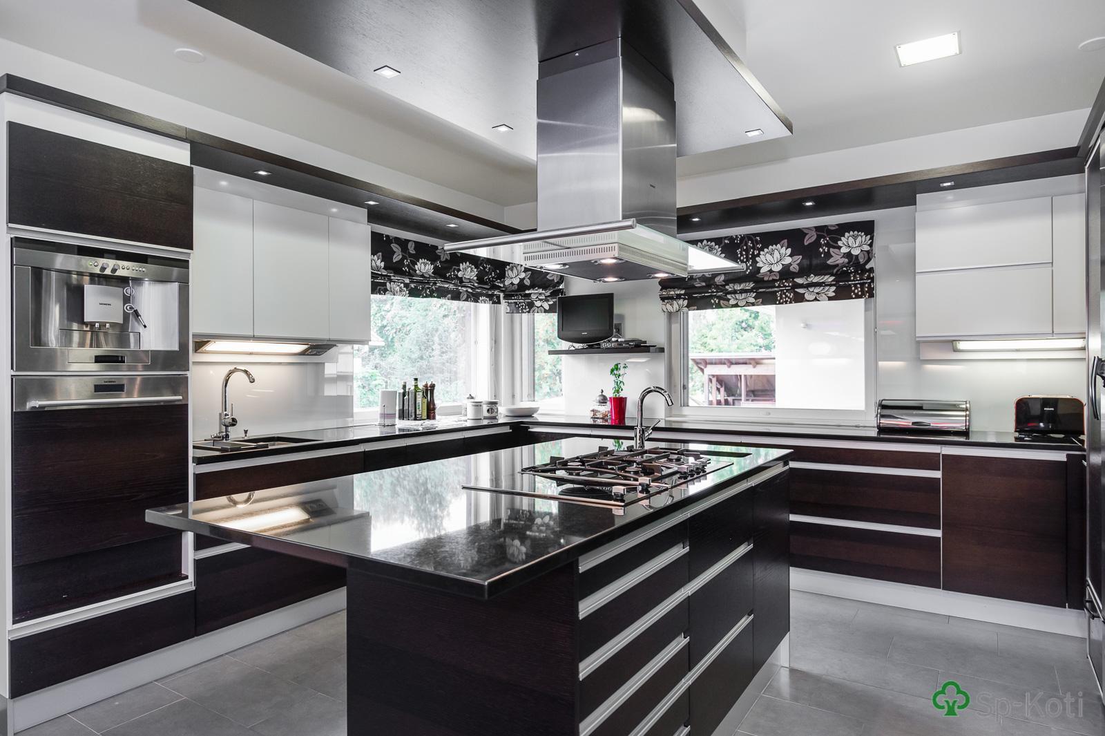 Moderni keittiö 9514683  Etuovi com Ideat & vinkit