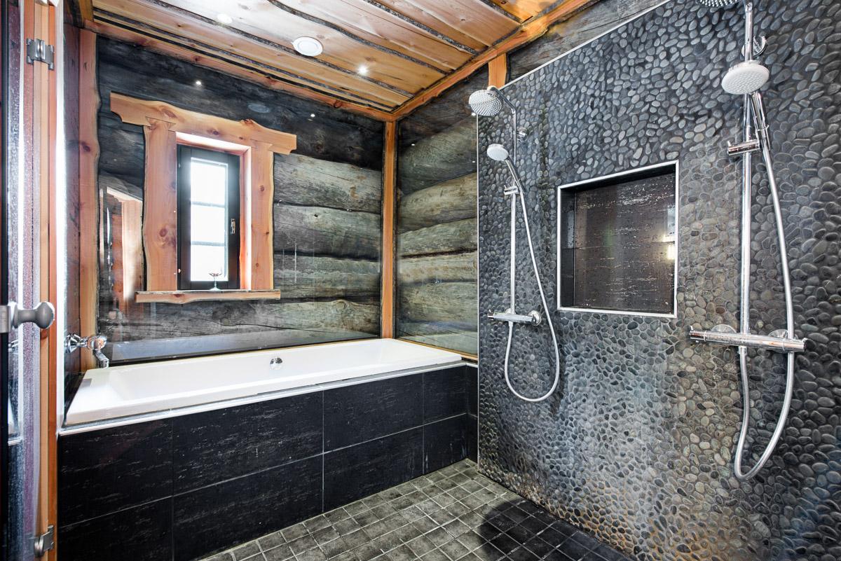 Kelohonkaa kylpyhuoneen seinissä  Etuovi com Ideat & vinkit