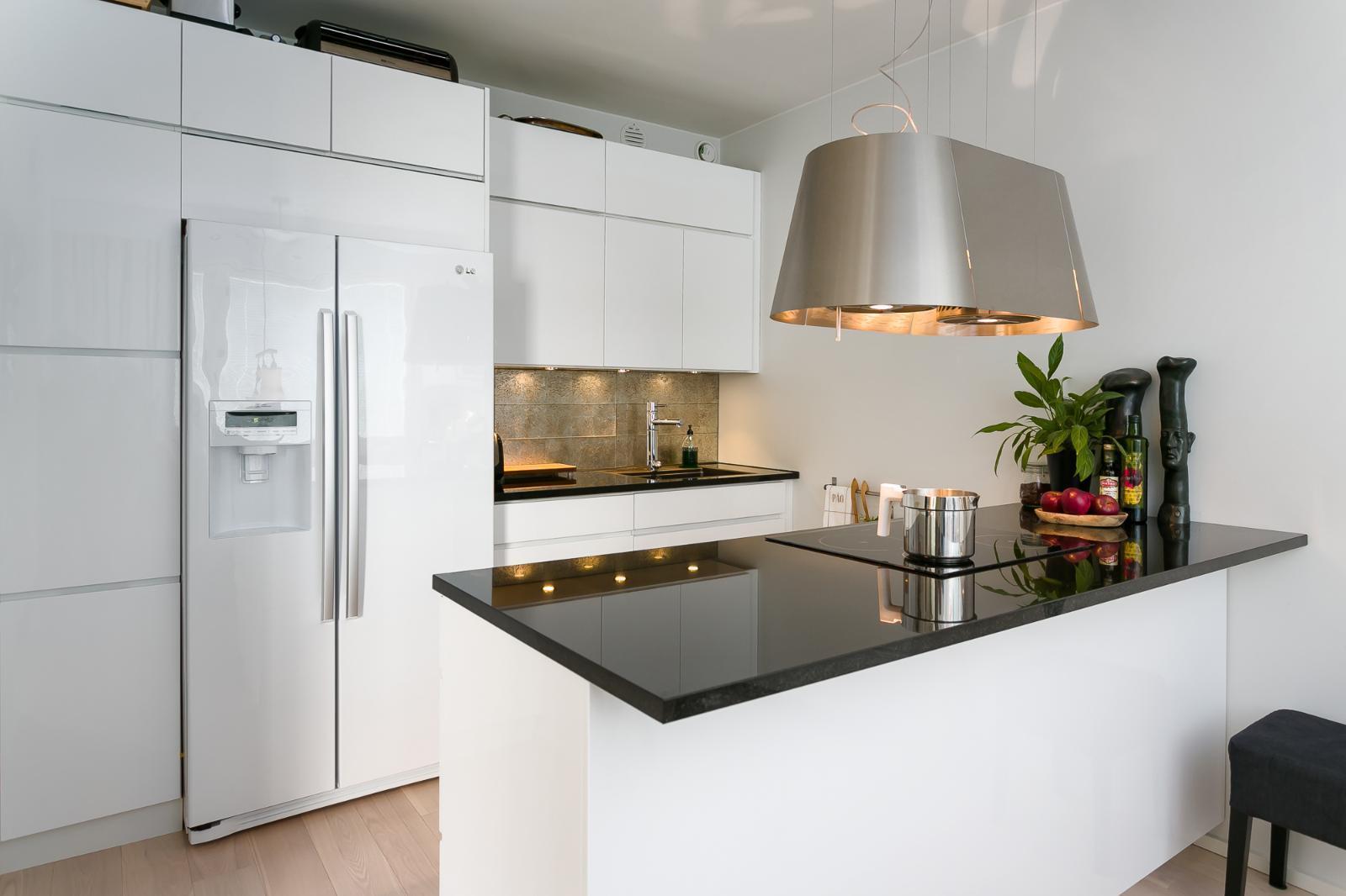 Moderni keittiö 9431660  Etuovi com Ideat & vinkit