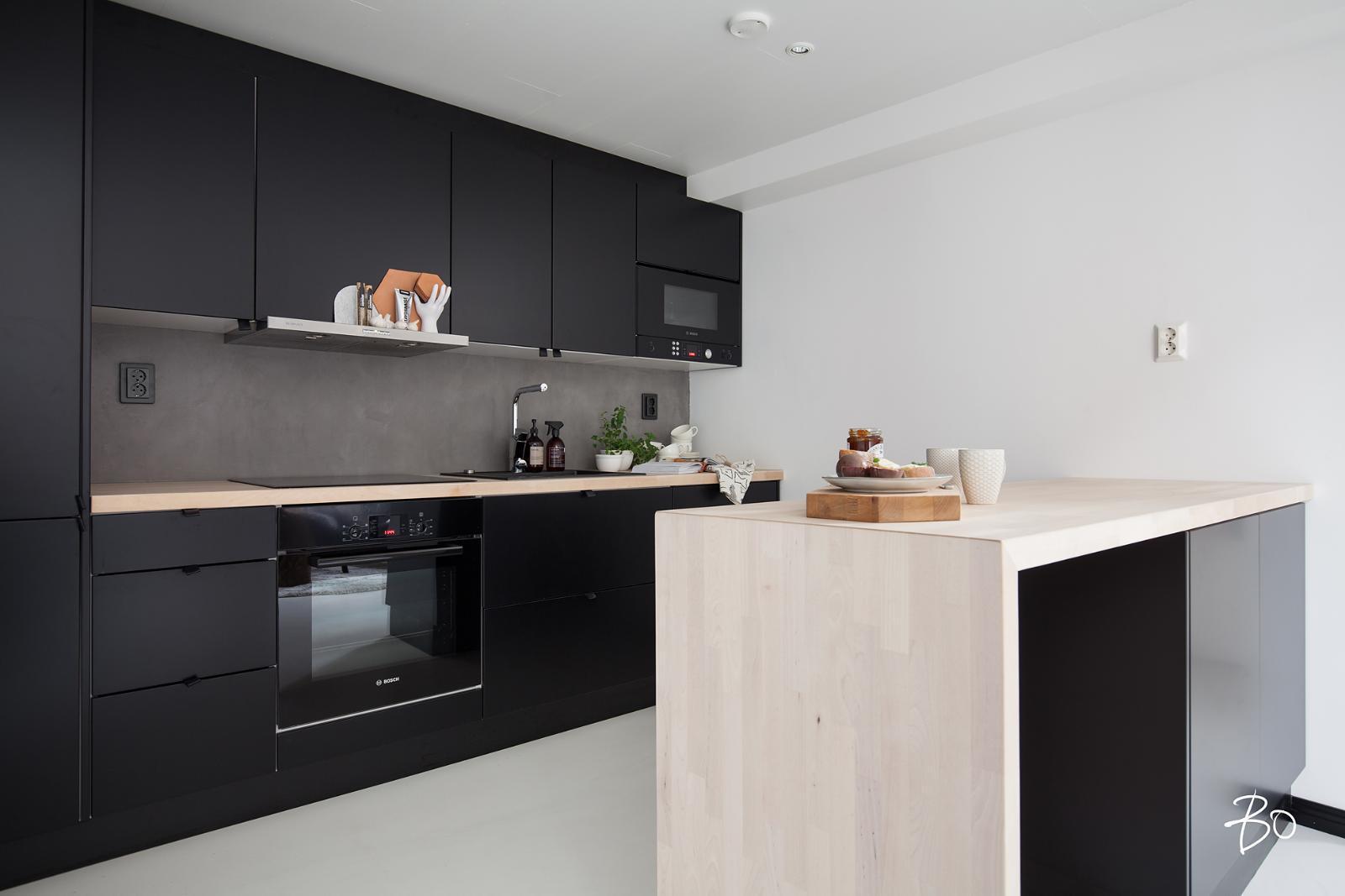 Mattamusta keittiö loft kodissa  Etuovi com Ideat & vinkit