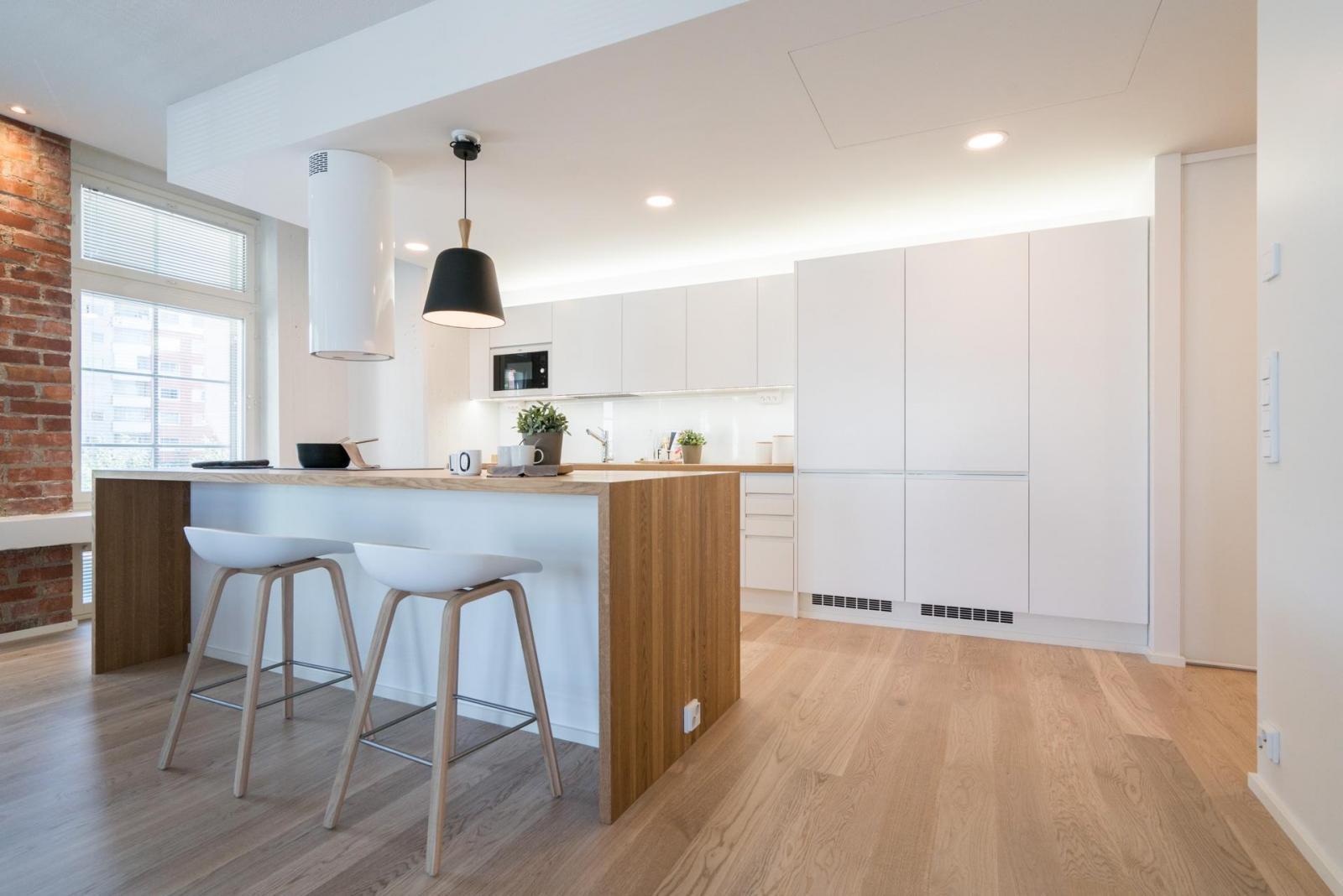 Loft asunnon vaalea keittiö  Etuovi com Ideat & vinkit
