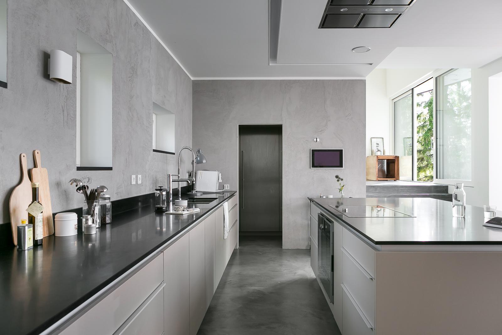 Tyylikäs harmaa keittiö  Etuovi com Ideat & vinkit