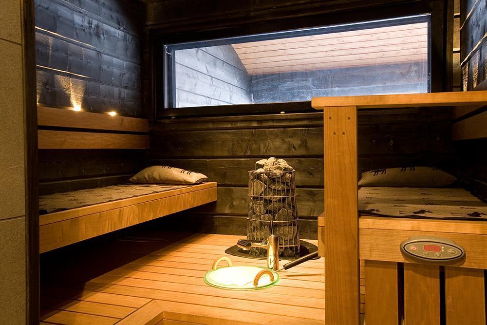 Hirsihuvilan tunnelmallinen sauna  Etuovi com Ideat & vinkit
