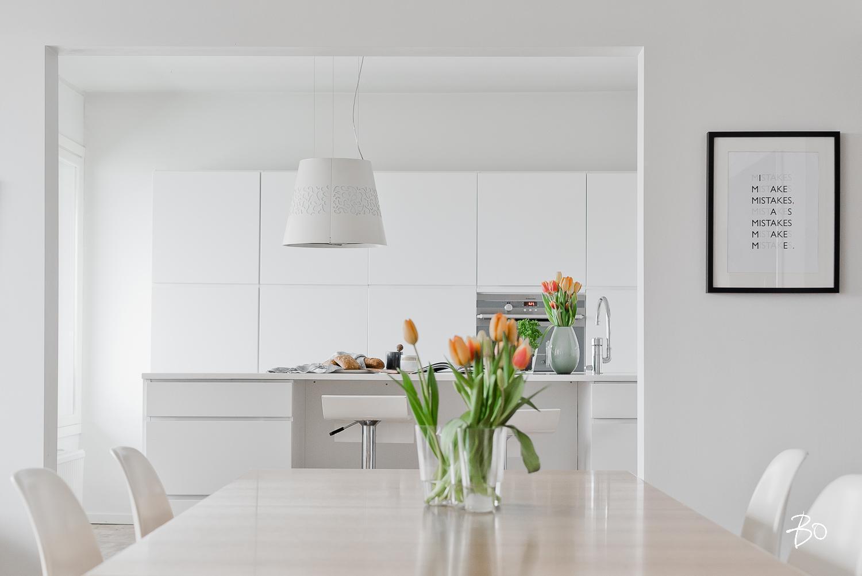 Valkoinen keittiö on moderni ja raikas  Etuovi com Ideat & vinkit