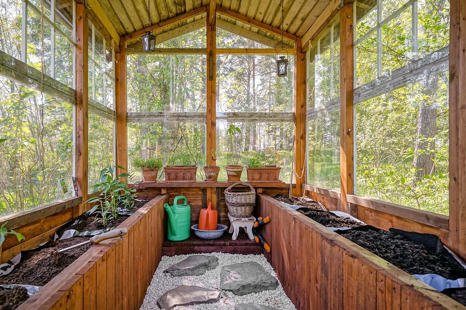Vapaa-ajan asunnot Espoo Suvisaaristo kasvihuone