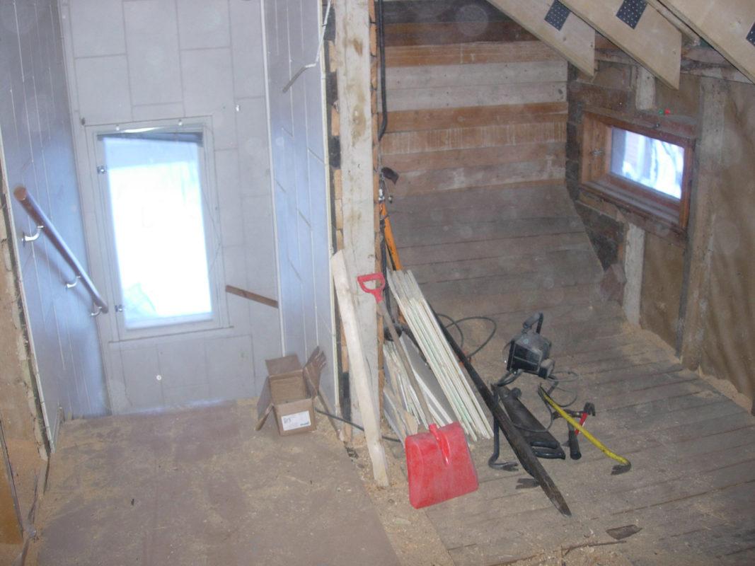 Rintamamiestalon remontti - yläkerta