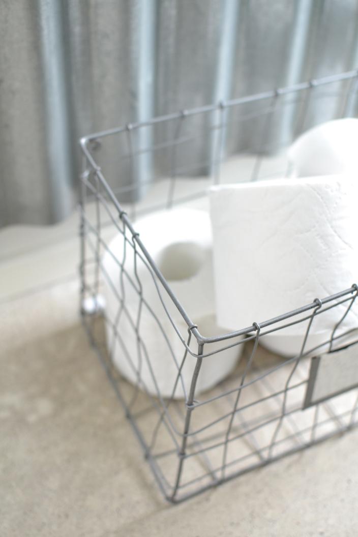 WC-paperit sisustuskorissa