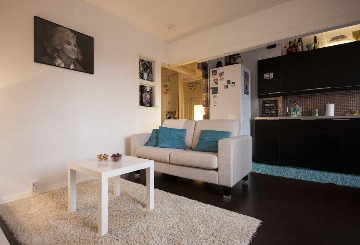 Pikkukaksion valkoinen olohuone