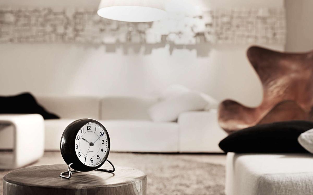 Rosendahl Timepieces Arne Jacobsen herätyskello