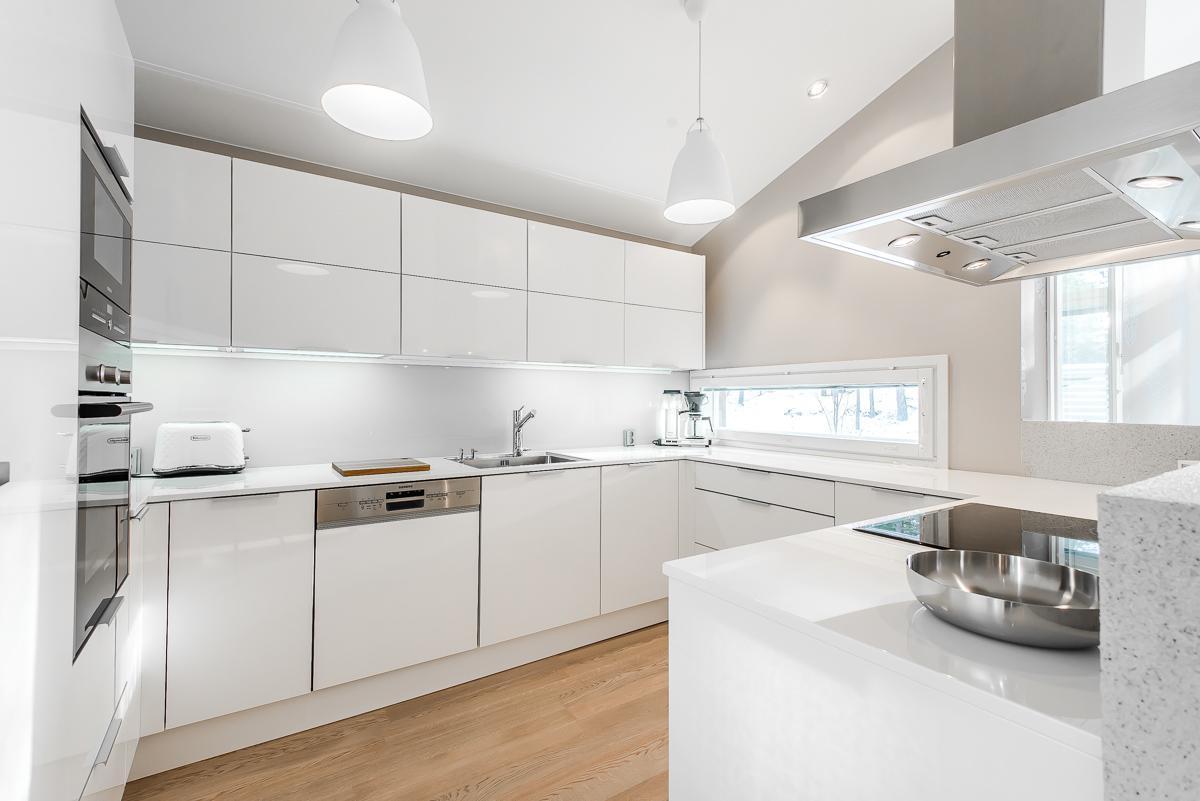 Moderni keittiö 9627181  Etuovi com Ideat & vinkit