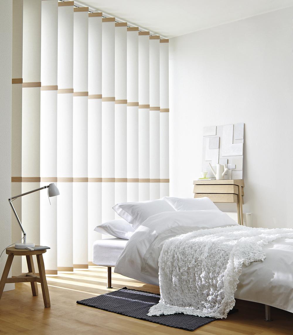 Poikkiraitaiset lamellikaihtimet muuttavat huonekorkeuden tuntua – Luxaflex