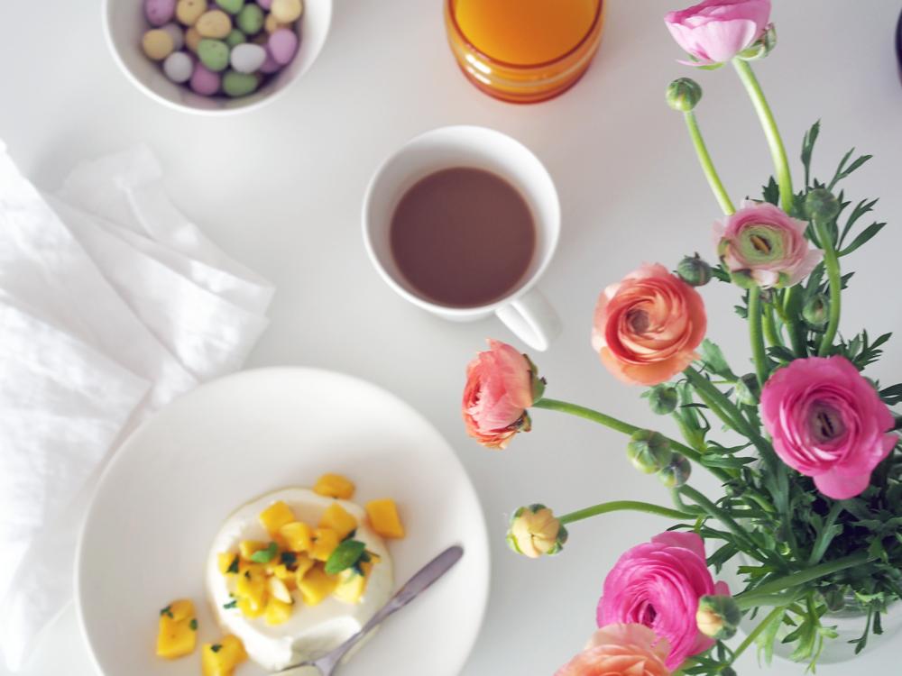 pääsiäinen, jälkiruoka, jugurttipannacotta