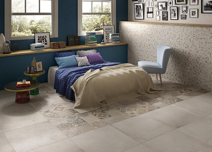 makuuhuoneen matto lattialaatoilla