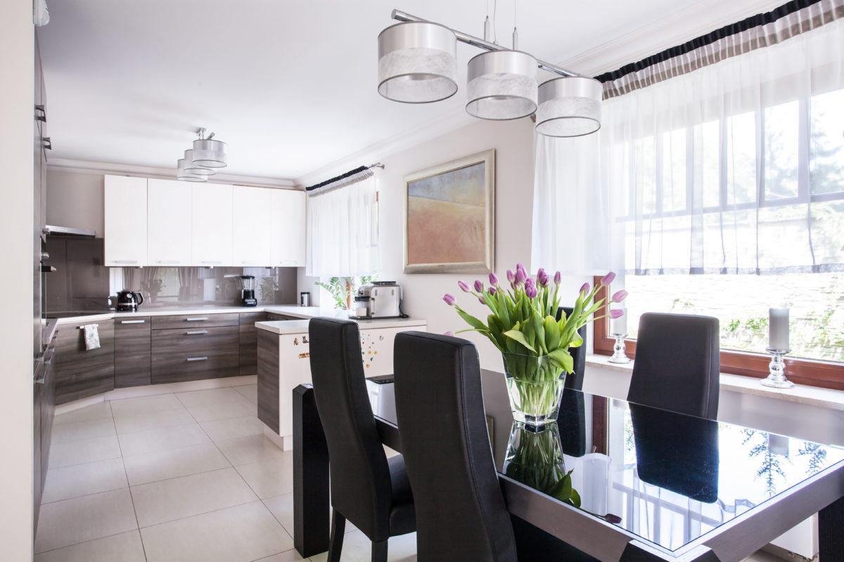 keittiön moderni ja tyylikäs ilme
