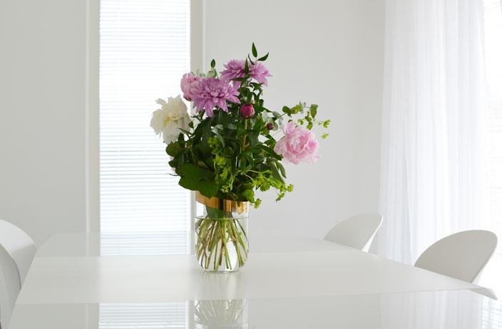 LKV vaisto -talo, kukat ja veistos, Asuntomessut 2016