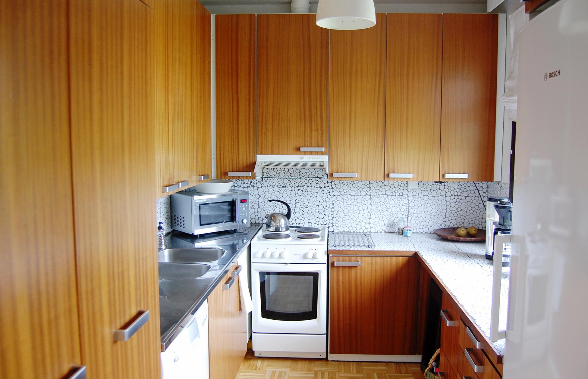 pienen keittiön remontti, ennen