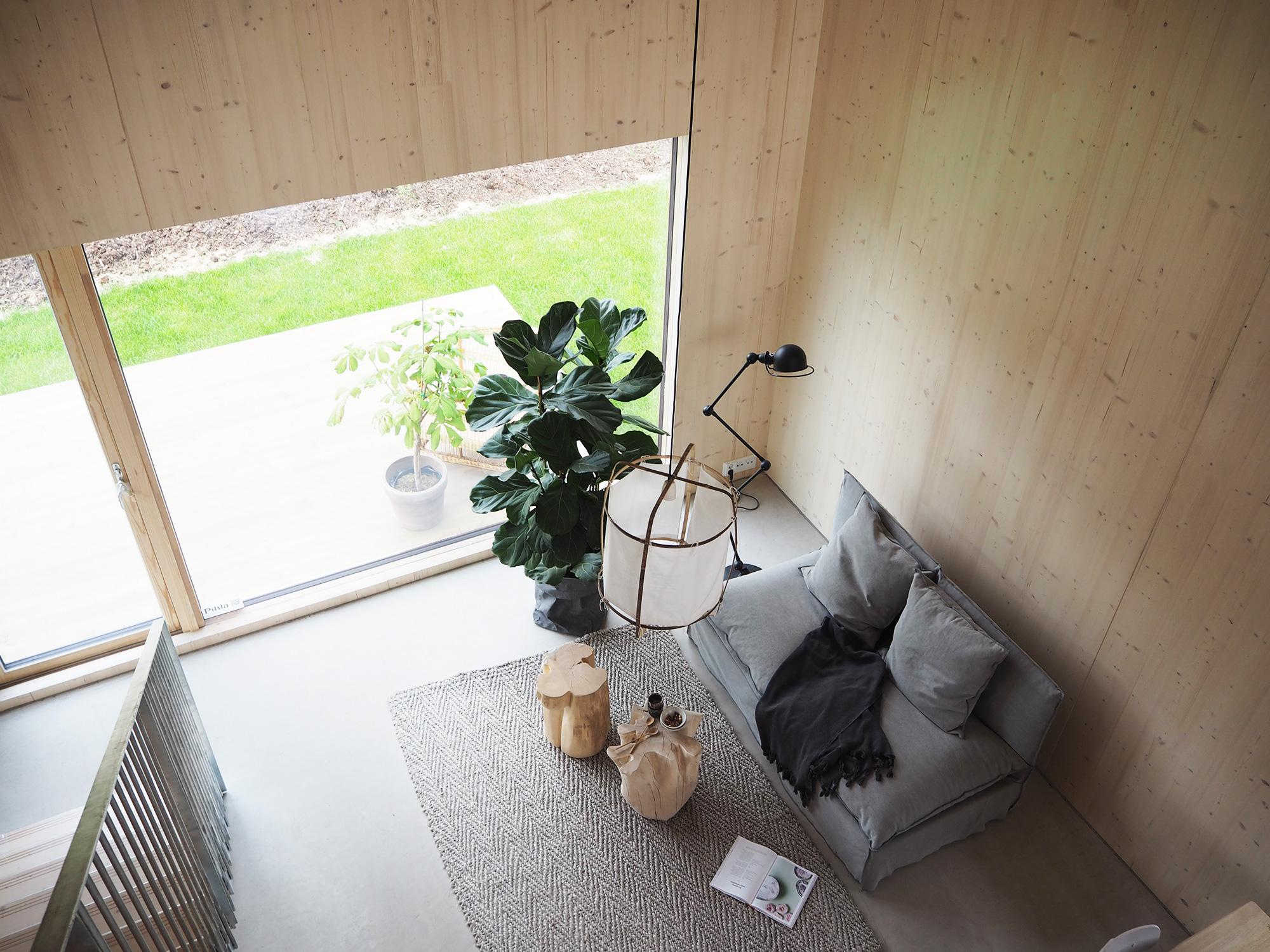 Olohuone kohteessa Kotola, Asuntomessut 2016 Seinäjoki, moderni talo