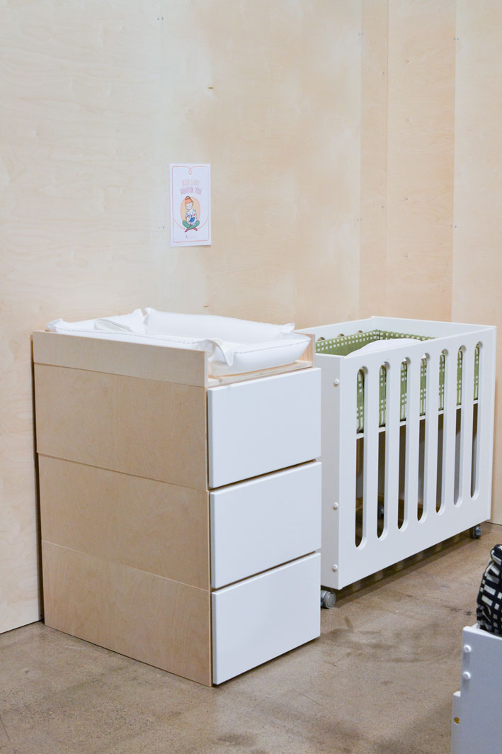 hoitopöytä vauvalle