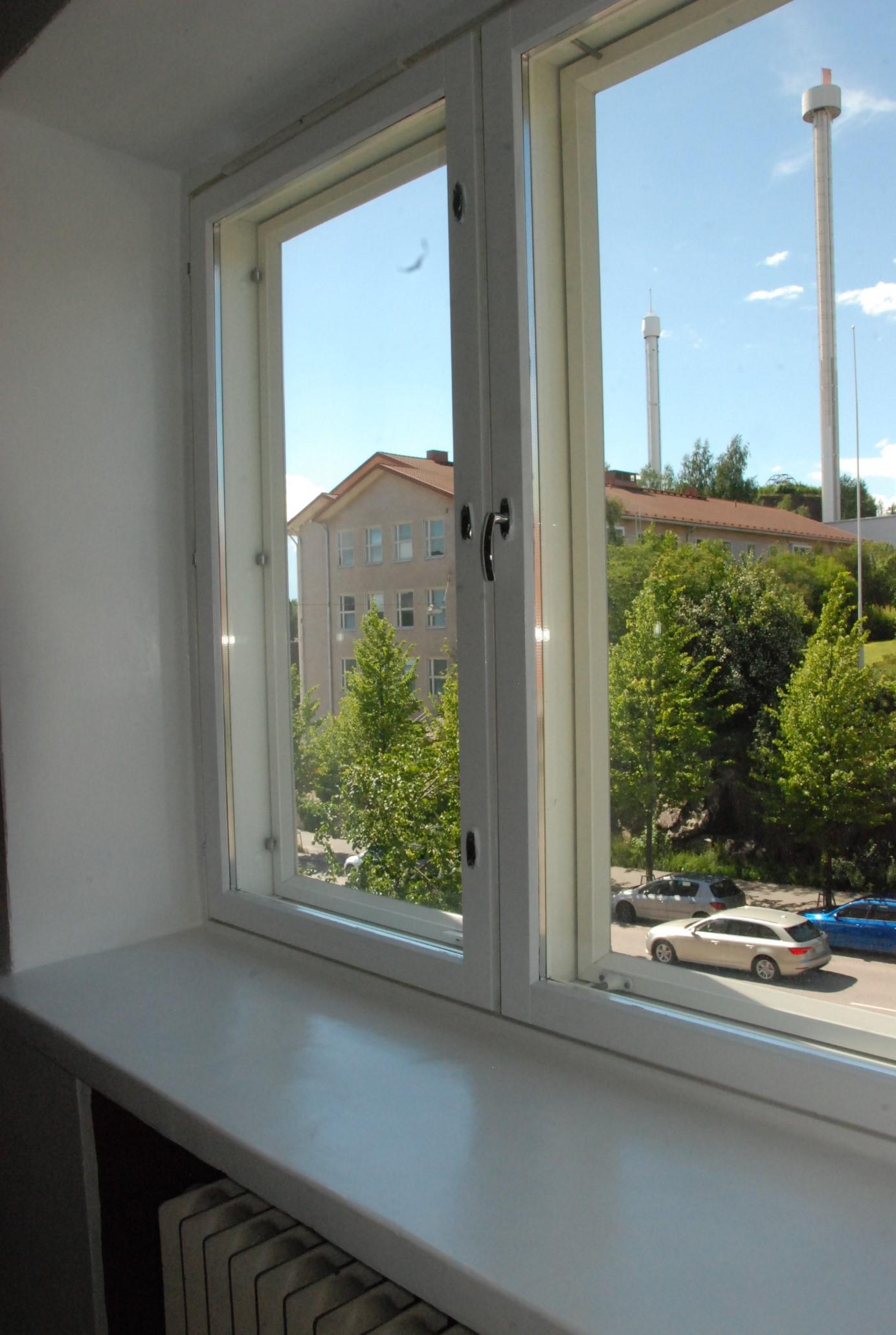 yksiö Helsingistä, näkymät ikkunasta