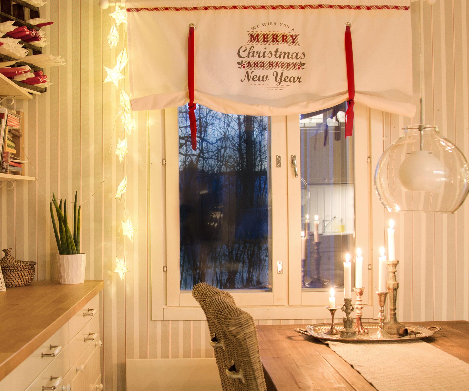 pieni-talo-pirkanmaalla-joulu-keittio_1
