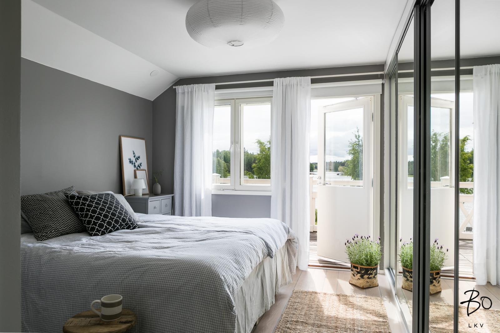 pienen makuuhuoneen sisutus