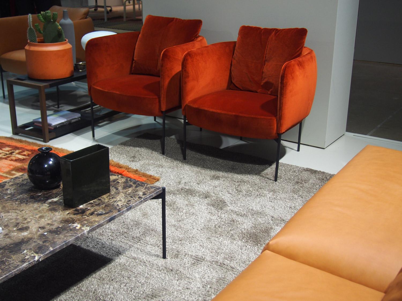 adea nojatuoli, sohva ja sohvapöytä habitaressa