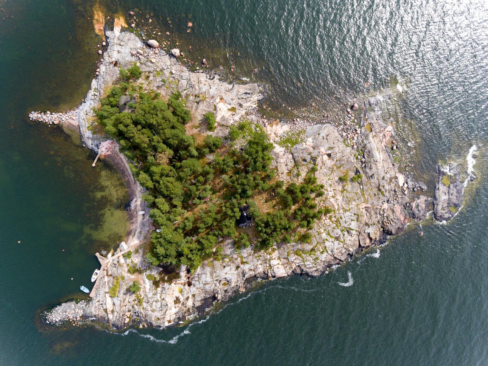 Porvoossa mökki saaressa