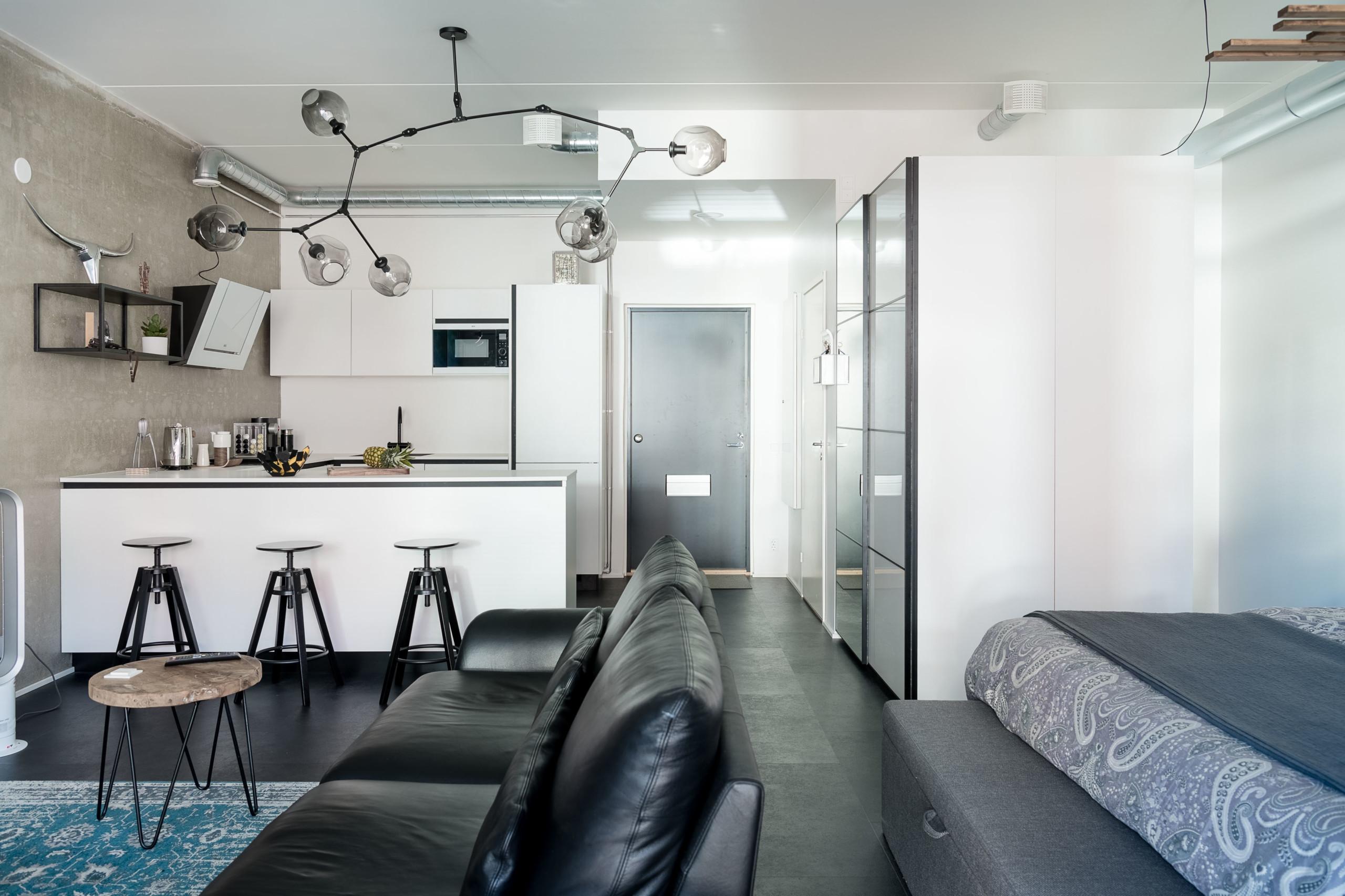 loft asunto, keittiö ja eteinen